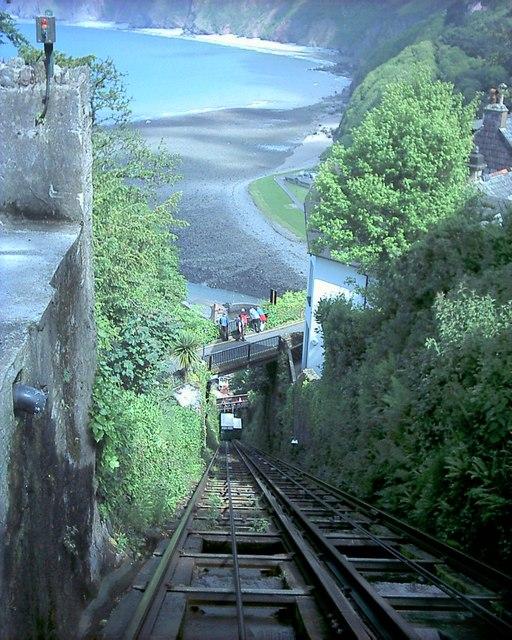 Lynton_cliff_railway_-_geograph.org.uk_-_349285