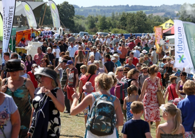 Honiton show crowds