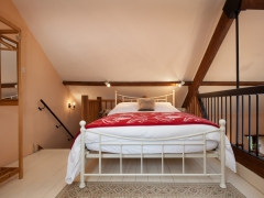 Mezzanine Bedroom with comfortable double bed